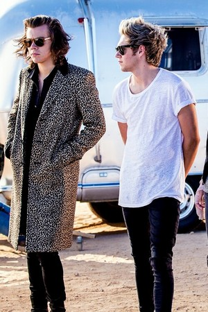Steal my Girl set