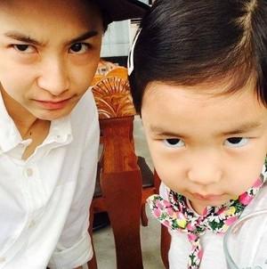 Tablo wife Kang Hye Jung and daughter Haru