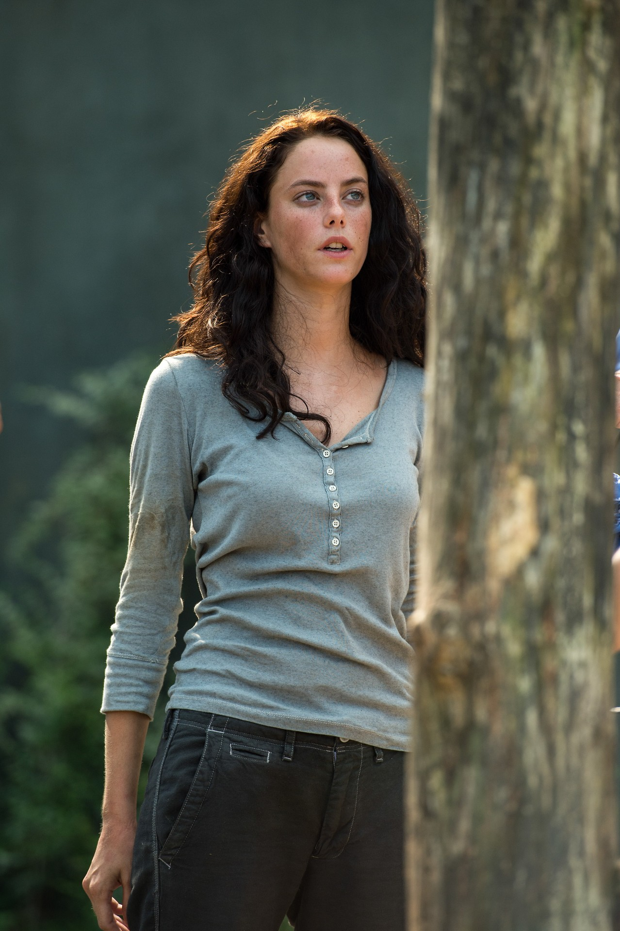http://images6.fanpop.com/image/photos/37600000/Teresa-the-maze-runner-37608285-1278-1920.jpg