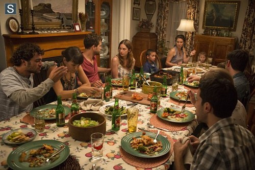 The Affair (2014 TV Series) wolpeyper with a hapunan table, a holiday dinner, and a hapunan entitled The Affair - Episode 1.01 - Pilot - Promotional mga litrato
