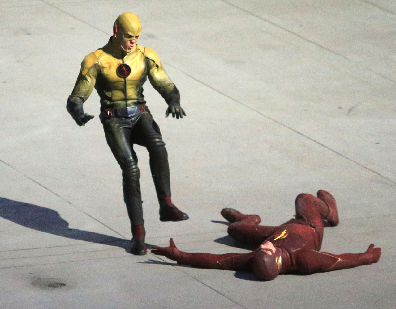 The Flash - First Look - Reverse-Flash/Prof. Zoom Costume
