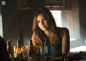 The Vampire Diaries - Episode 6.04 - Black Hole Sun - Promotional foto's