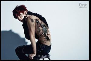 VIXX Hyuk - 'Error' jas foto's