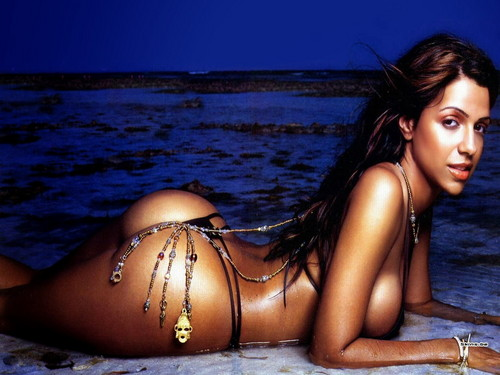 Vida Guerra wallpaper containing a bikini titled Vida