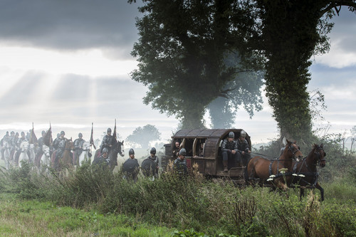 """vikingos (serie de televisión) wallpaper probably containing a chuck wagon, a covered wagon, and a stagecoach titled Vikings """"Blood Eagle"""" (2x07) promotional picture"""