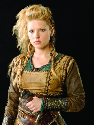 Vikings (TV Series) karatasi la kupamba ukuta called Vikings Season 1 Lagertha official picture