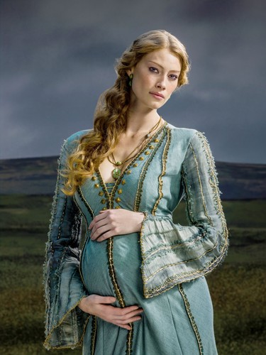 Vikings (TV Series) achtergrond titled Vikings Season 2 Princess Aslaug official picture