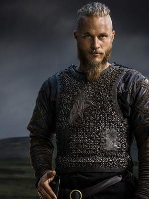 Vikings Season 2 Ragnar Lothbrok official picture