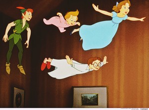 Walt Дисней Production Cels - Peter Pan, Michael Darling, John Darling & Wendy Darling