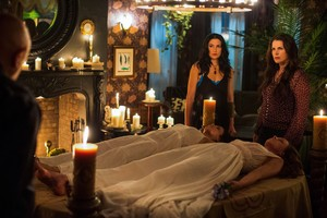 Witches of East End - 2.10 - Episode stills