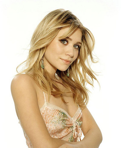 Mary-Kate & Ashley Olsen 壁纸 possibly containing attractiveness, a brassiere, and a 《内衣少女》 entitled ashley olsen