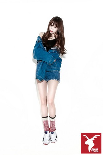 EXID (이엑스아이디) 바탕화면 possibly containing bare legs, hosiery, and a playsuit called EXID for AKII CLASSIC KOREA