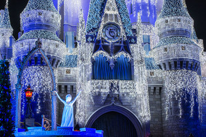 'A frozen Holiday Wish' at Magic Kingdom