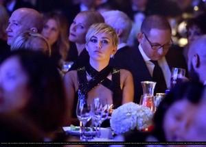 amfAR LA Inspiration Gala in Hollywood - onyesha (October 29th, 2014)