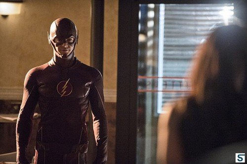 The Flash (CW) দেওয়ালপত্র probably with a রাস্তা entitled 1.05 Plastique – Promotional ছবি