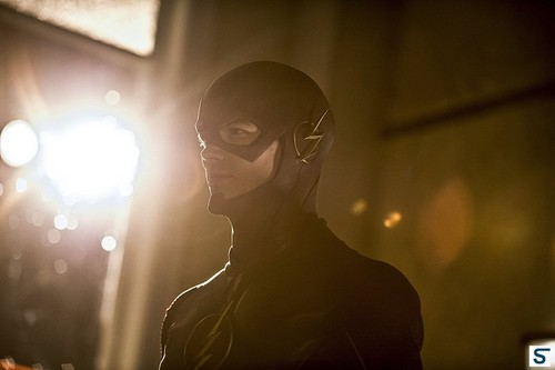 The Flash (CW) Hintergrund possibly with a konzert called 1.05 Plastique – Promotional Fotos