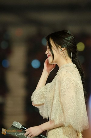 141113 IU at MelOn Music Awards by IU STUDIO