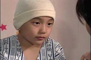 "7 y.o. Yoo Seung Ho in his 1sh drama ""Daddy Fish"". 2000"