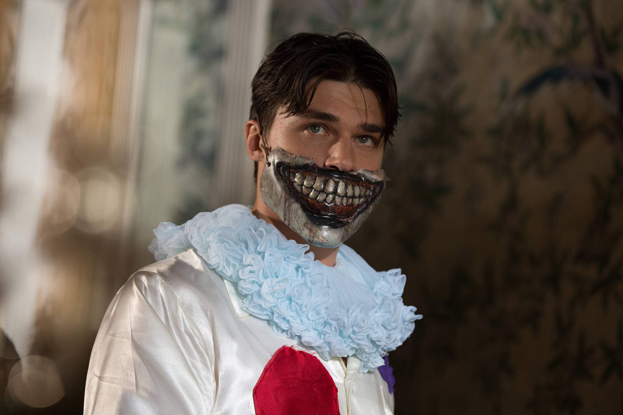 "AHS Freak दिखाना ""Edward Mordrake: part 2"" (4x04) promotional picture"