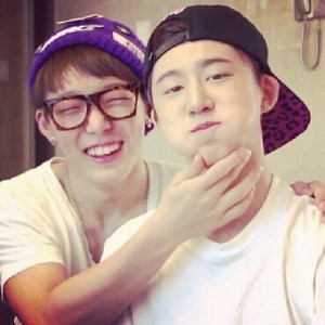 B.I and Booby Selca