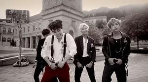 BTS hotties~war of hormone❤ ❥