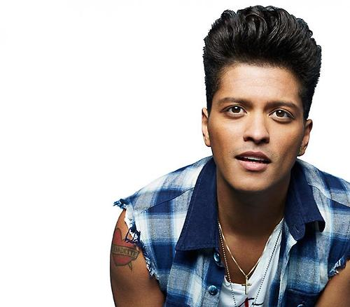 Bruno Mars wallpaper probably containing a portrait called Bruno Mars