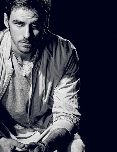colin odonoghue images colin odonoghue bello magazine