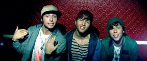 Emblem3 - Chloe (You're The One I Want) <3 <3 <3