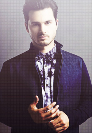 Enzo / Michael Malarkey