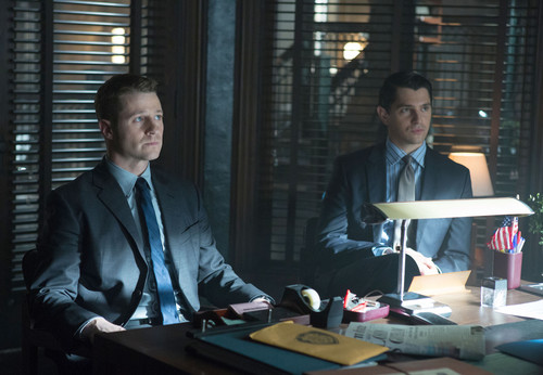 Gotham wallpaper with a business suit and a suit called Gotham - Episode 1.10 - LoveCraft