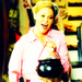 Halloween - Claire - modern-family icon