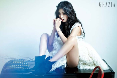 kpop 4ever wallpaper possibly with a bridesmaid and a dinner dress entitled Hyuna sexy❤ ❥