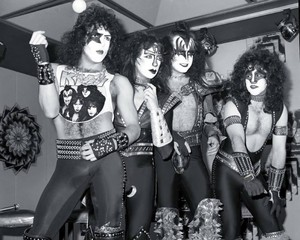 KISS ~Creatures of the Night conference 1983
