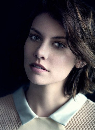 lauren cohan wallpaper with a portrait titled Lauren Cohan Photoshoots 2014