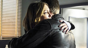 Lauriver hug-Season 3