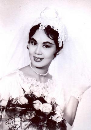 Linda Lin Dai ( 26 December 1934 – 17 July 1964