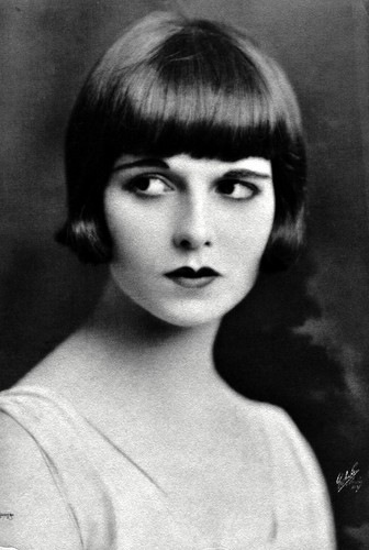 Physical Beauty wallpaper possibly containing a portrait called Louise Brooks