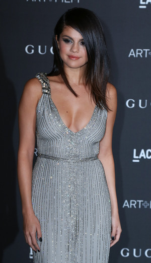 November 1st: Selena attending to the LACMA Gala in Los Angeles, CA.
