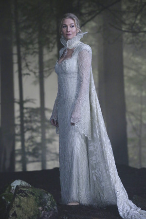 Once Upon a Time - Episode 4.05 - Breaking Glass