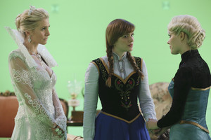 Once Upon a Time - Episode 4.06 - Family Business