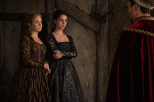 "Reign ""Three Queens"" (2x06) promotional picture"