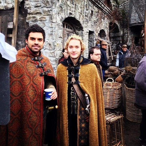 Toby Regbo wallpaper called Reign // bts foto