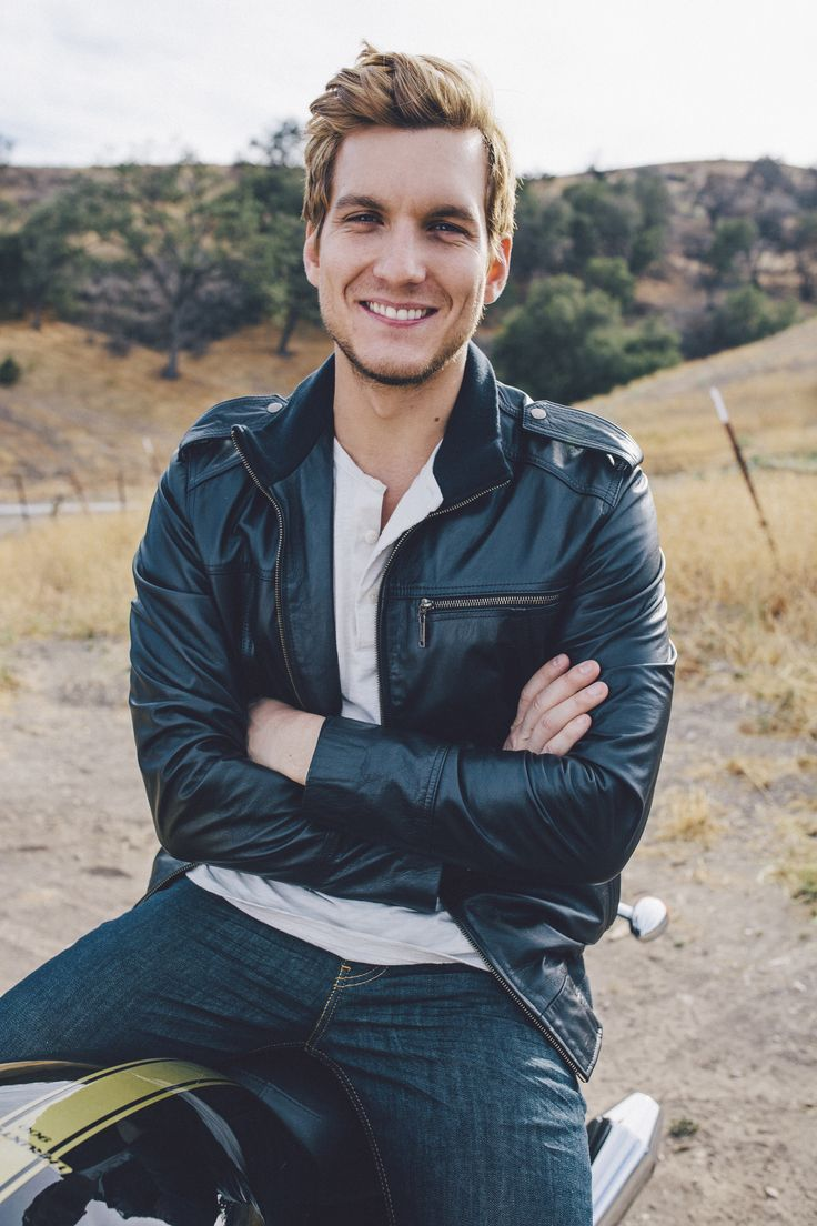 Scott Michael Foster Once Upon A Tim...