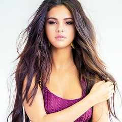 Selena Gomez wallpaper with a portrait entitled Selena Gomez