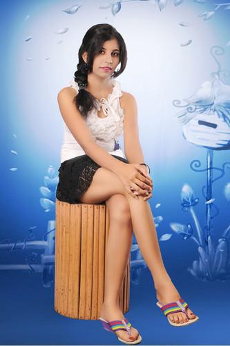 HUMSE HAI LIFE wallpaper titled Shanaya pandey