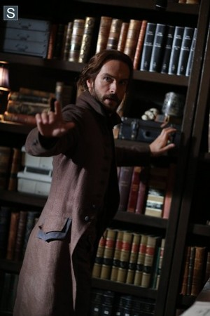 Sleepy Hollow - Episode 2.10 - প্রায় দেড়সেরি বোতল Opus - Promo Pics