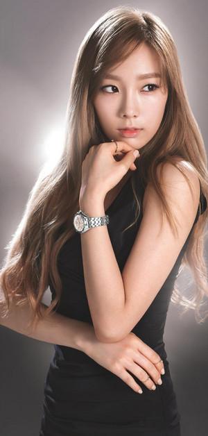 Taeyeon~Casio Sheen Baby G-Watches❤ ❥