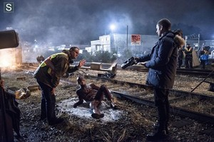 The Flash - Episode 1.04 - Going Rogue - BTS Pic
