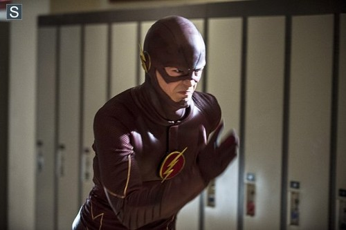 The Flash (CW) wallpaper possibly containing an outerwear and a kap, hood entitled The Flash - Episode 1.06 - The Flash Is Born - Promo Pics