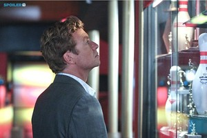 The Mentalist- Episode 7x01- Nothing but Blue Skies - Promotional تصاویر